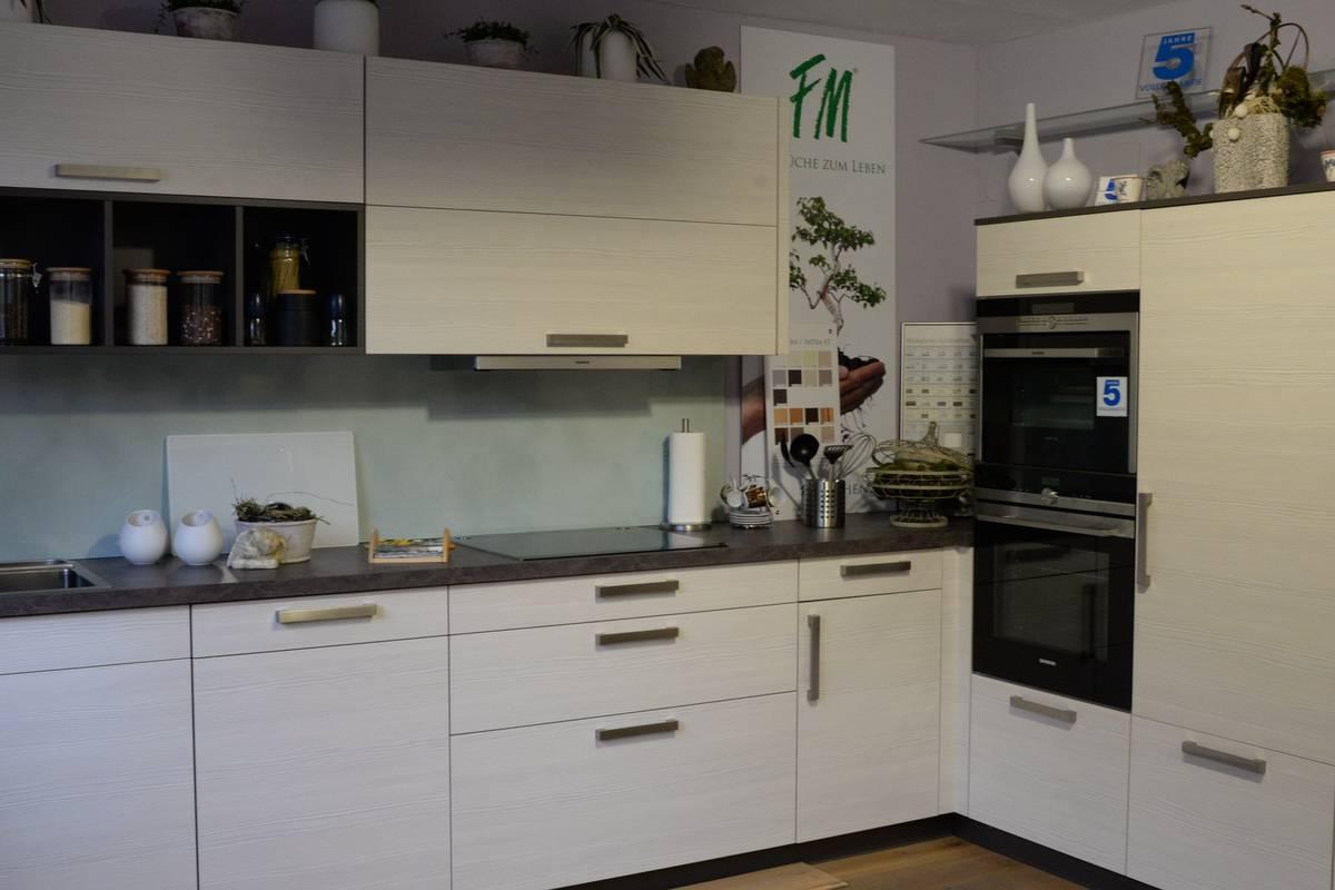 abverk ufe angebote sturm k chen wohnen. Black Bedroom Furniture Sets. Home Design Ideas